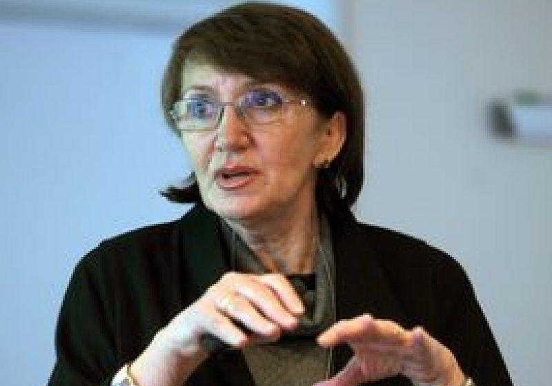 Peste 300 de români sunt afectaţi de fibroza chistică