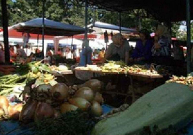 Sighet: Comerţ ilicit în piaţa agroalimentară