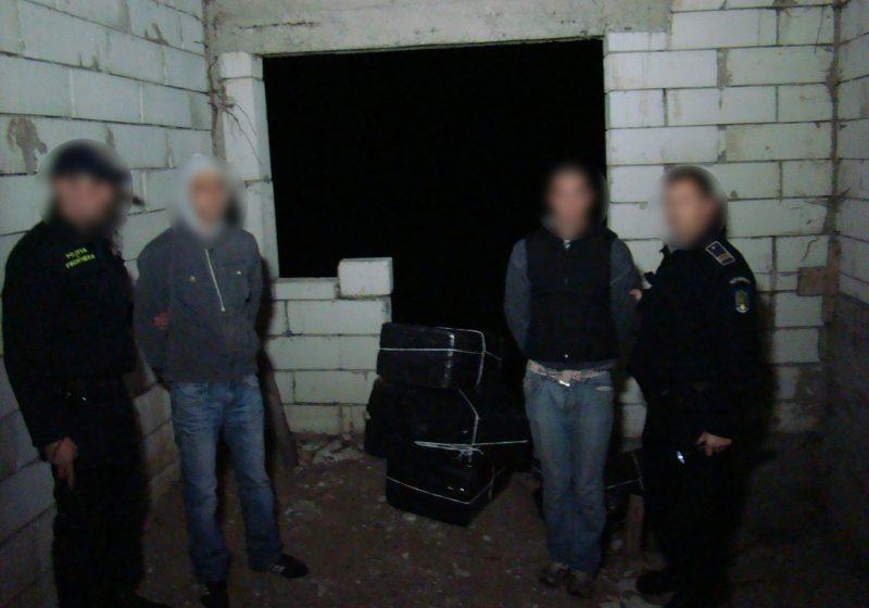 Reţinuţi pentru contrabandă la Sarasău
