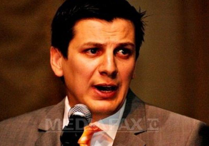 """Preşedintele PDL Vrancea, prins în FLAGRANT când lua MITĂ. Suma – 50.000 de euro. Zgonea: """"Am primit cerere pentru ridicarea imunităţii lui Alin Trăşculescu"""". DNA a început urmărir"""