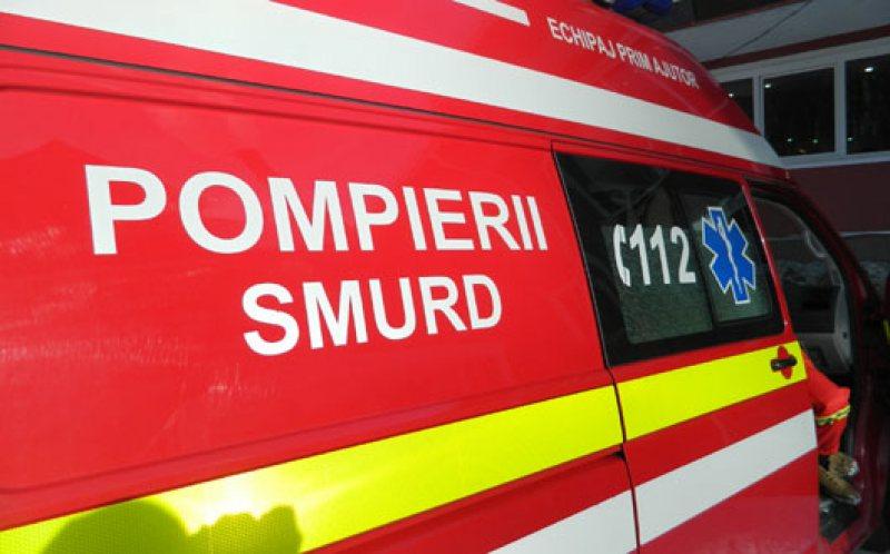 Un tânăr a ajuns la spital după ce căruța i-a fost lovită de o mașină
