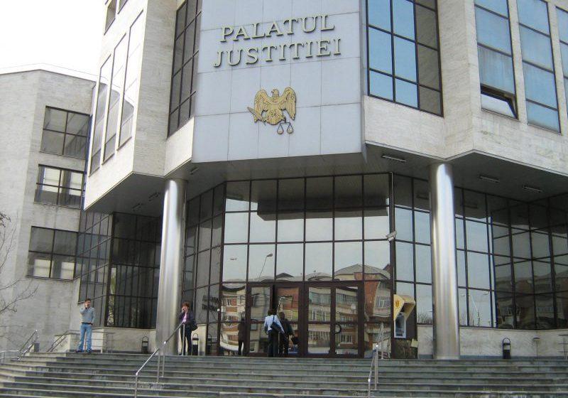 VIDEO   Militar care asigura paza la Palatul de Justiție din Baia Mare confirmat cu coronavirus