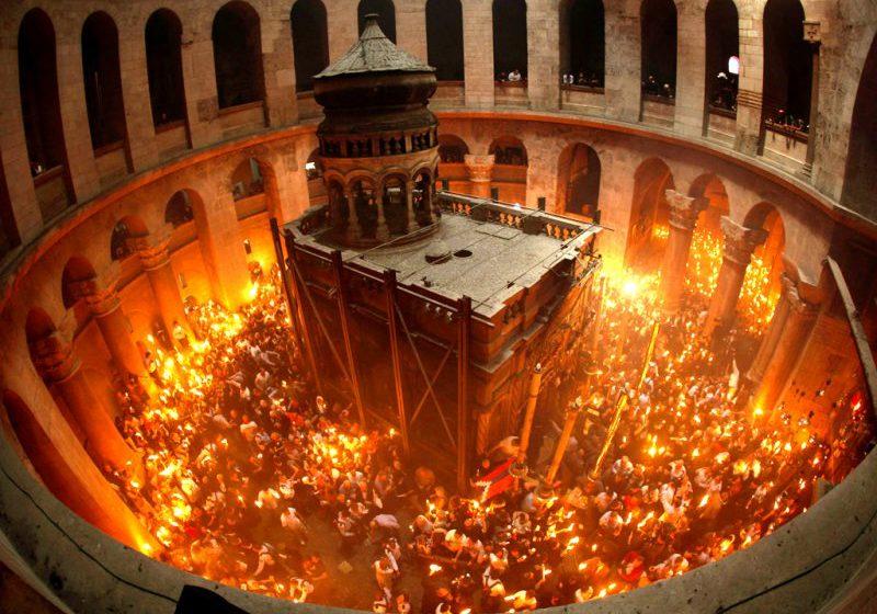DE ÎNVIERE: Sfânta Lumină de la Ierusalim va fi adusă și în acest an în Maramureș