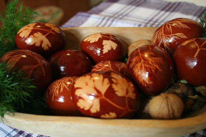 IRES: Românii petrec acasă sărbătorile pascale; bugetul pentru masa de Paște – aproximativ 500 lei