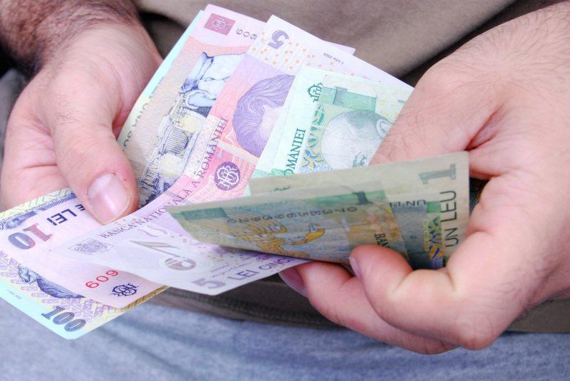 PLĂȚI DEVANSATE: Șomerii maramureșeni își vor primi indemnizațiile mai devreme luna aceasta