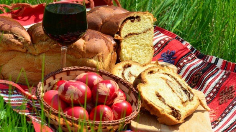 SĂRBĂTOARE: Credincioșii creștini de toate riturile sărbătoresc Paștele