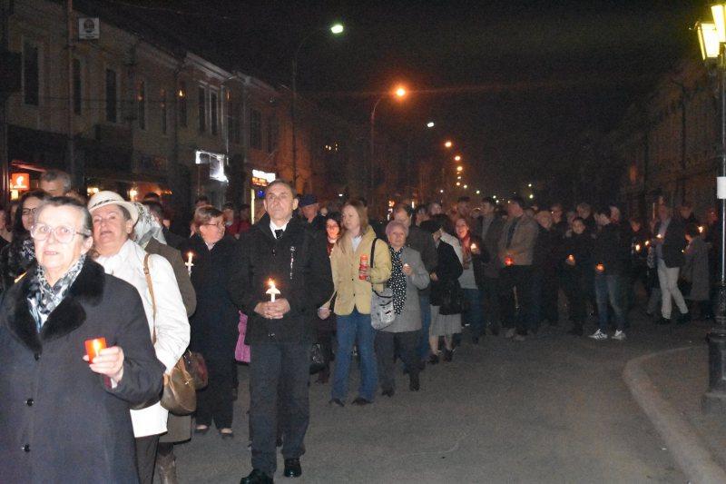 SIGHET: Mii de credincioși au participat aseară la Slujba de Înviere