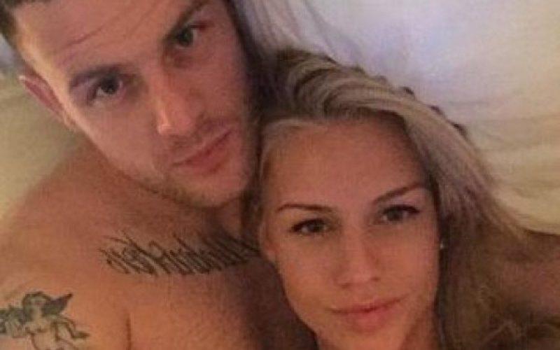 IMAGINI INDECENTE: Hackerii au spart contul de iCloud al iubitei unui fotbalist. Au postat fotografiile deocheate pe Internet