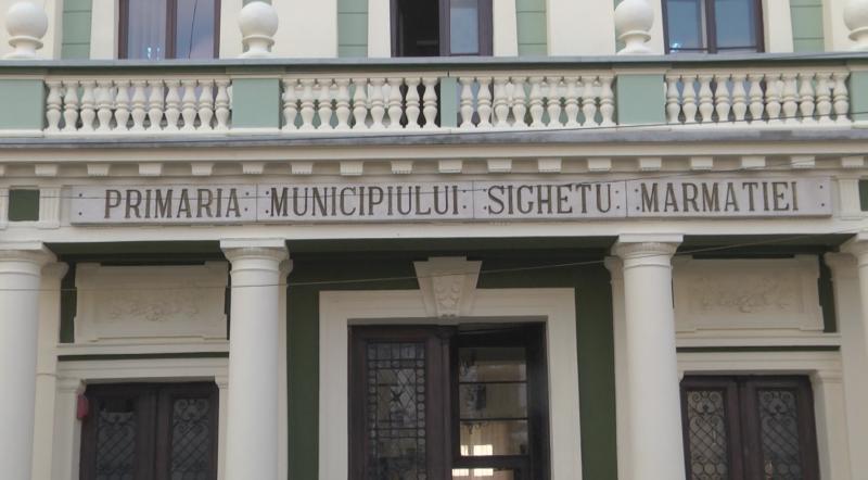 VIDEO | Atenționare pentru secretarul municipiului Sighetu Marmației din cauză că și-a anunțat candidatura fără să se suspende din funcție