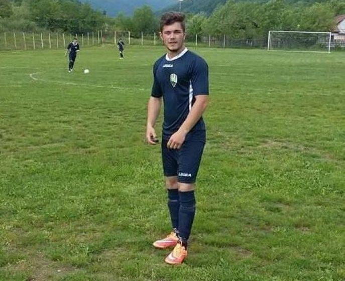 TRAGEDIE: Doliu la Bradul Groșii Țibleșului – un fotbalist a murit după ce s-a răsturnat cu tractorul
