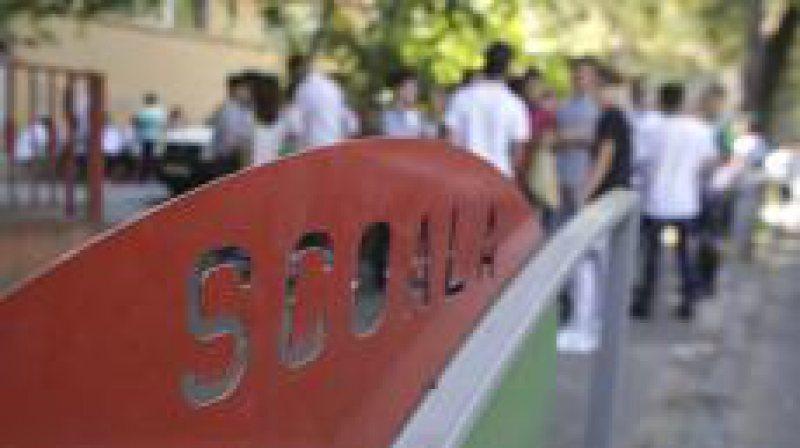 ÎNGRIJORĂTOR: Elevii români pierd peste 3 ani de școală fără să învețe nimic
