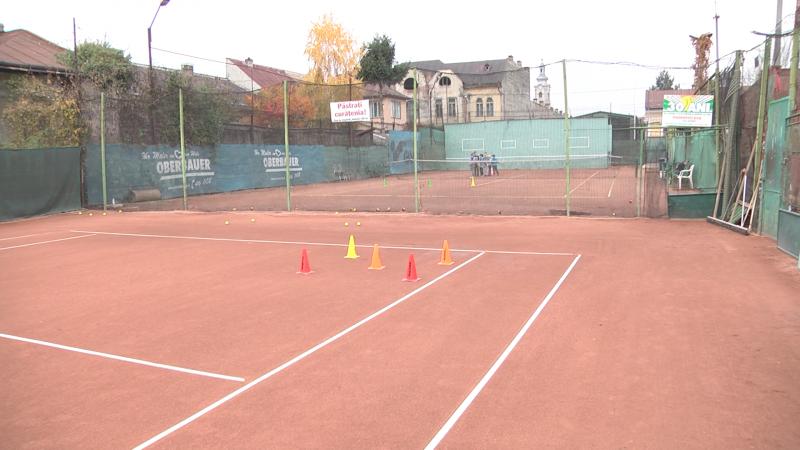 INVESTIȚII: Terenul de tenis din Sighet va fi acoperit