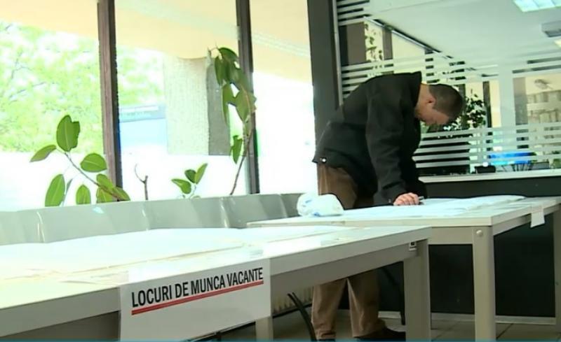 LEGE: Beneficiarii care refuză un loc de muncă pierd ajutorul social