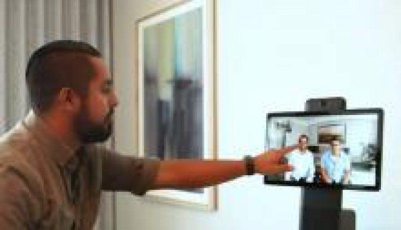 NOUTĂȚI: Facebook lansează un nou dispozitiv de chat