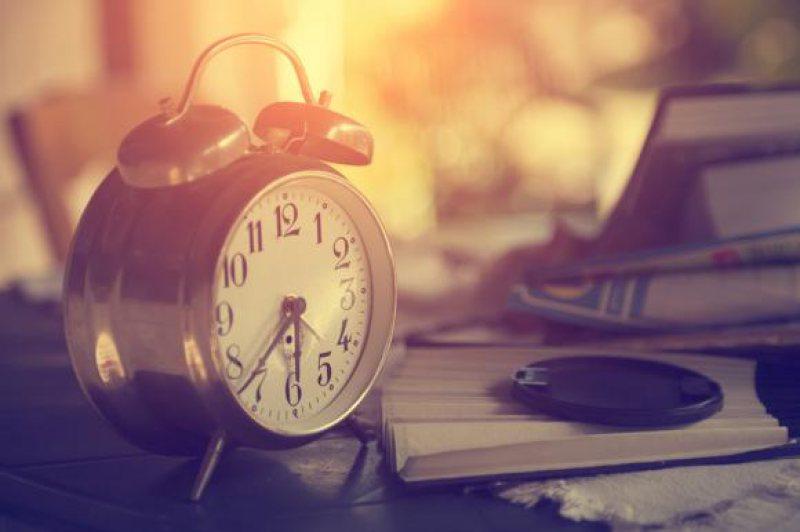 ORA DE IARNĂ: Când dăm ceasurile înapoi