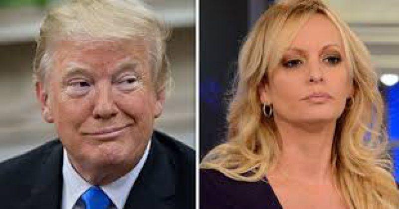 """ATAC: Donald Trump o numeşte într-un tweet incendiar pe Stormy Daniels: """"Faţă de cal"""""""