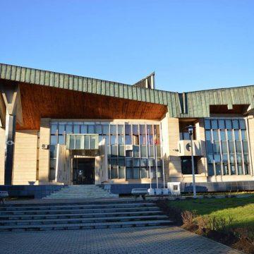 Consilierii judeţeni, convocaţi la o nouă şedinţă ordinară cu peste 25 de hotărâri pe ordinea de zi