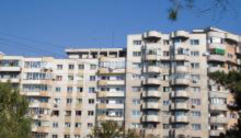 ANALIZĂ: Piața imobiliară din România dă semne de prăbușire