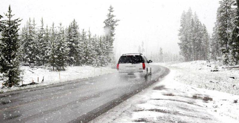 ANM: Vreme foarte rece în toată ţara. Meteorologii anunţă cod galben de vânt şi ninsori în 16 judeţe
