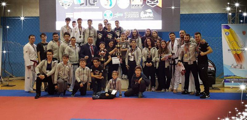 CS ȘTIINȚA DRAGONUL BAIA MARE: 37 de medalii la Cupa României la Taekwon-do I.T.F
