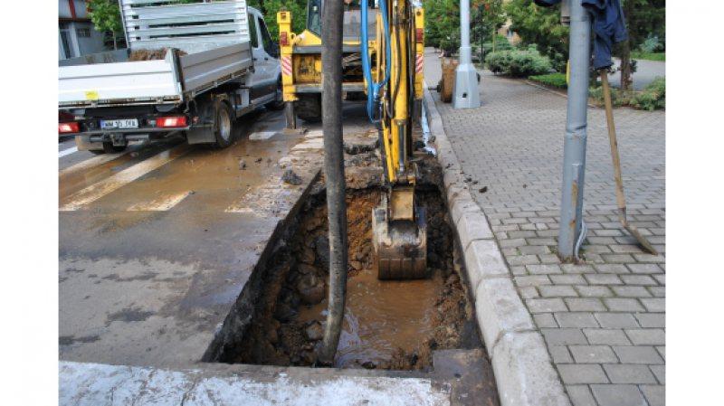 VITAL: Luni se ia apa pe mai multe străzi din Cavnic