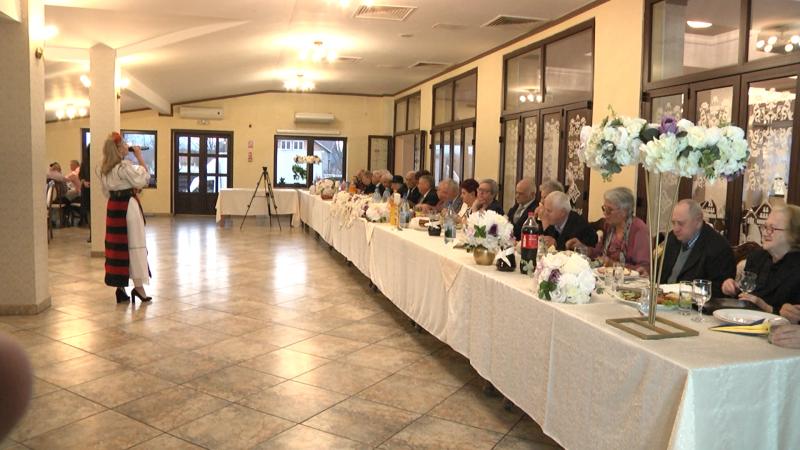 SPECIAL: 12 cupluri din Sighet au sărbătorit nunta de aur