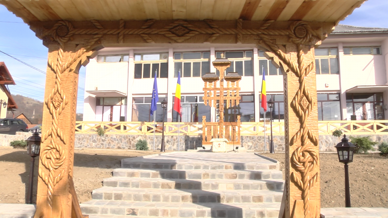 MODERNIZARE: Schimbarea la față a centrului civic al comunei Bârsana
