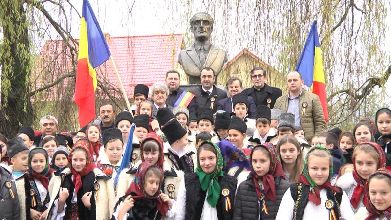 SPECIAL: Lecție de istorie la monumentul lui Ilie Lazăr din Giulești