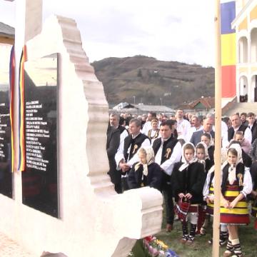 REPORTAJUL ZILEI: A fost sfințit monumentul eroilor din Ieud