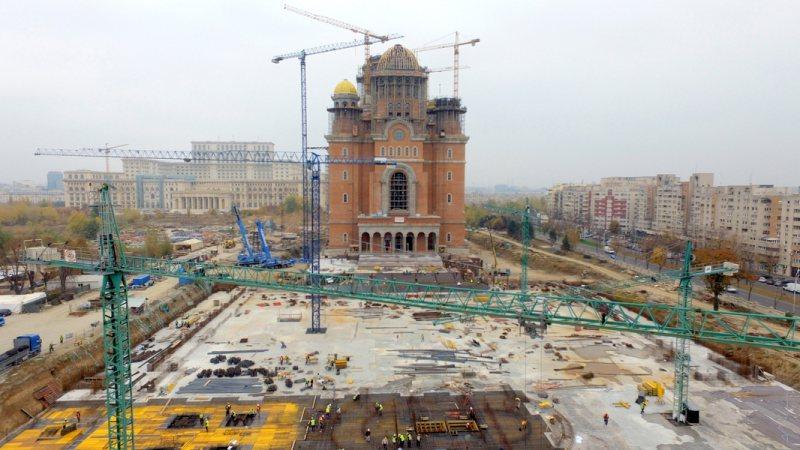 SANCŢIUNE: ISU a amendat constructorul Catedralei Mântuirii Neamului cu 10.000 de lei