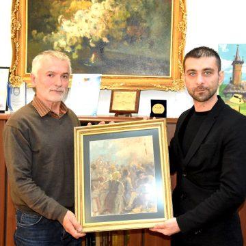 Un maramureșean a donat un tablou instituției Consiliului Județean