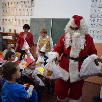 Peste 400 de copii prezenți la evenimentele organizate de Centrul Școlar de Educație Incluzivă Vișeu de Sus