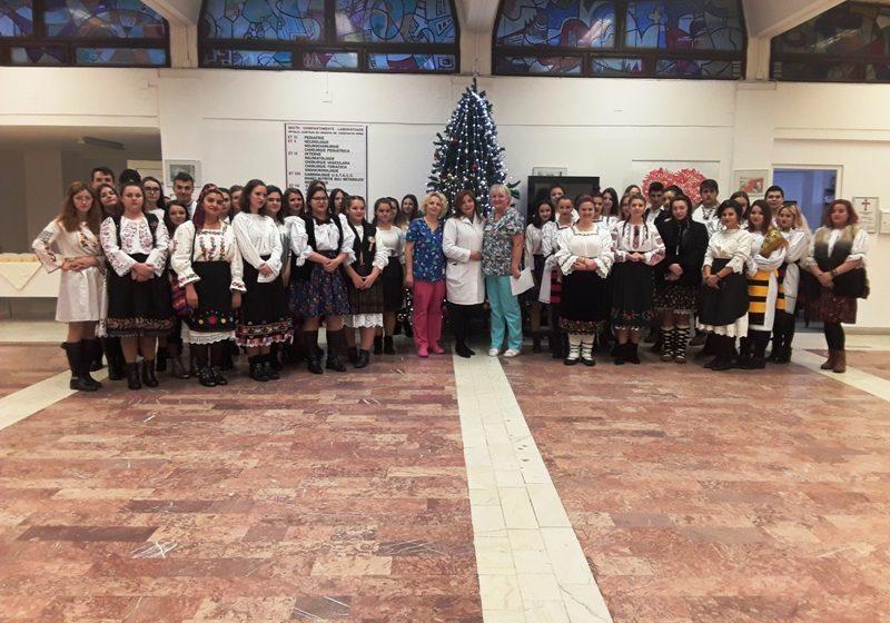 Colinde și donații la Spitalul Județean de Urgență Baia Mare