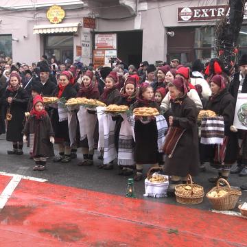 VIDEO | Festivalul de Datini și Obiceiuri de Iarnă Marmația la cea de-a 50-a ediție