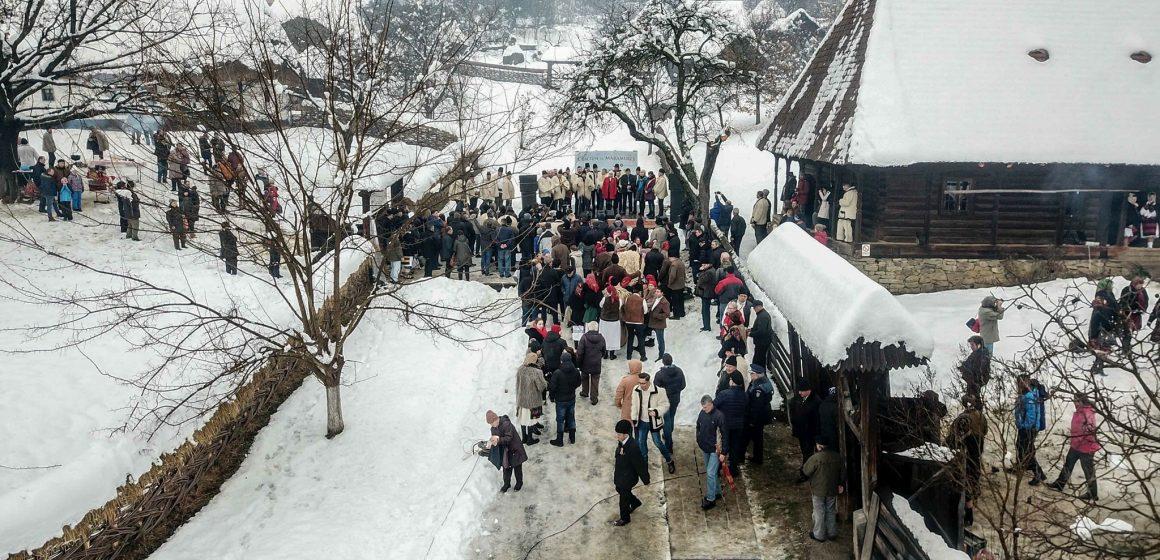 """Șase primării și Muzeul Satului au fost gazdele ediției a X-a a evenimentului """"Crăciun în Maramureș"""""""