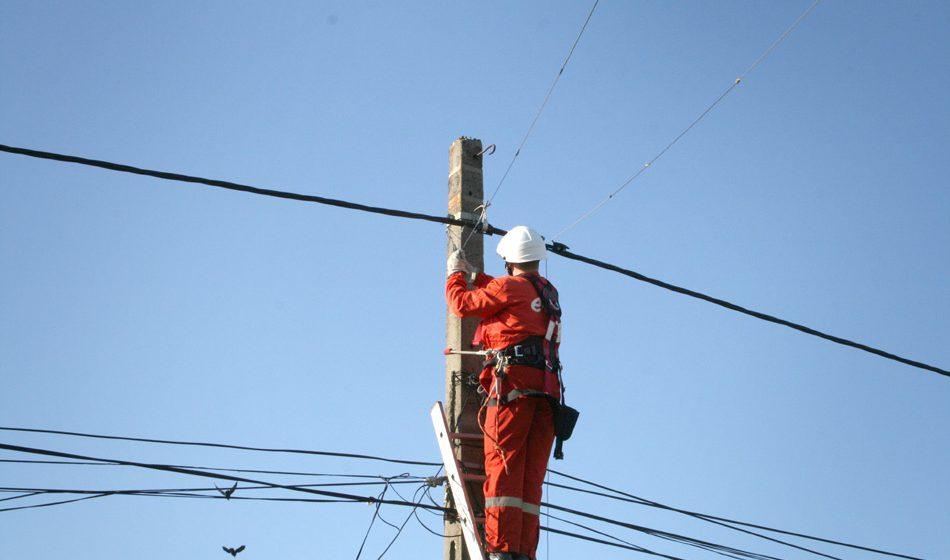 Probleme la alimentarea cu energie electrică în mai multe localități