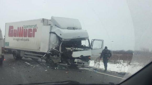 Accident cu un tir între Satulung și Șomcuta