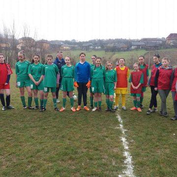 Video|Opt echipe s-au înscris la Cupa Moș Nicolae