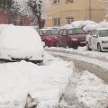 Zăpada dă mari bătăi de cap