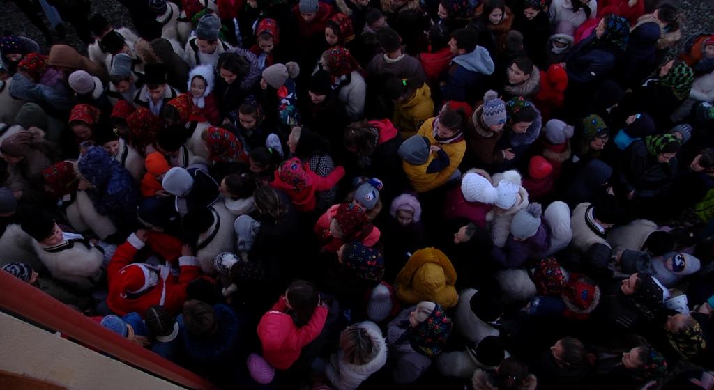 Video | Moș Nicolae i-a vizitat pe copiii cuminți