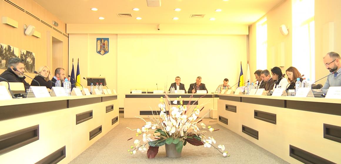 VIDEO | S-a aprobat înființarea Serviciului de iluminat public