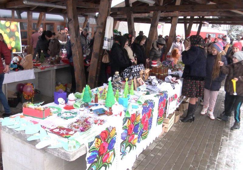 Video|Târg caritabil de Crăciun în Ocna Șugatag