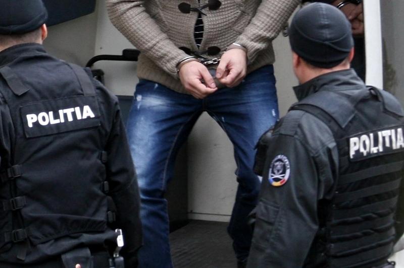 VIDEO | Un tâlhar de 17 ani a fost reținut