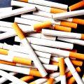 Prins cu portbagajul burdușit de  țigări de contrabandă
