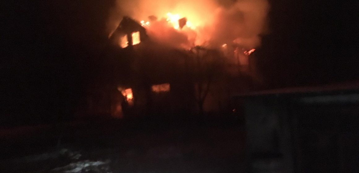 Pompierii maramureșeni au avut un week-end de foc