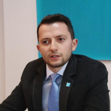"""VLAD DURUȘ (USR): """"Oamenii politici nu trebuie protejați de lege"""""""
