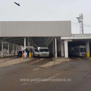 Căra piese ale unor mașini furate din Germania și Olanda