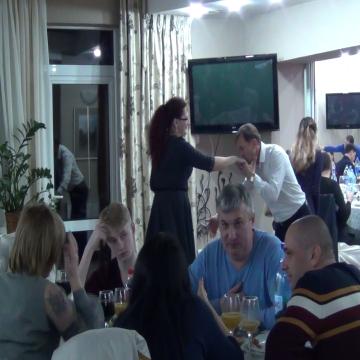 VIDEO | Stațiuni pline cu turiști, care se simt grozav în Maramureș