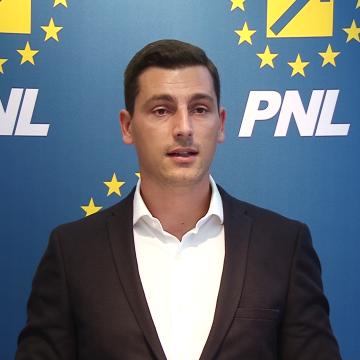 """Ionel Bogdan (PNL): """"Nord-Vestul  României  pierde  milioane  de  euro din cauza  ministrului Dezvoltării. Cer demisia lui Daniel Suciu"""""""