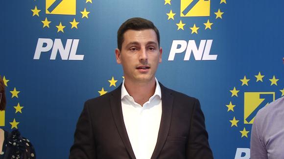 """Ionel Bogdan (PNL Maramureș): """"Nu avem informații corecte despre amploarea epidemiei de gripă"""""""